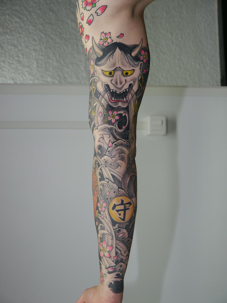 bras entier tatouage japonais lion 39 l tatouage. Black Bedroom Furniture Sets. Home Design Ideas